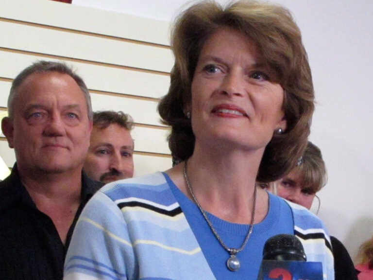 Senators behind $1T infrastructure plan show off their work