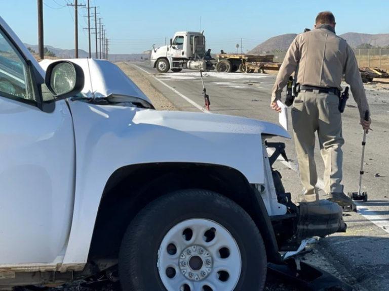 Pickup hits semi near Hemet, kills Bay Area man