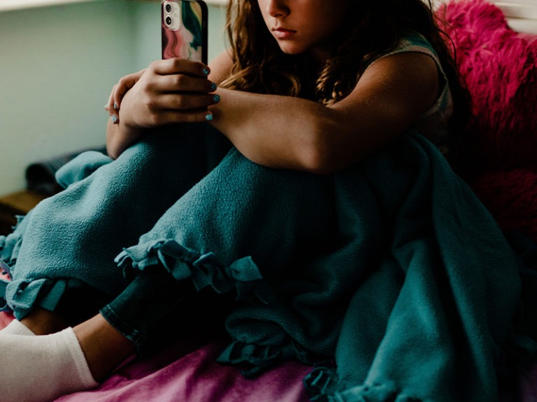 Beat a Cyberbully: Here's How Parents Can Help
