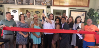A beautiful afternoon capped of by a ribbon-cutting, astatic food and great coffee
