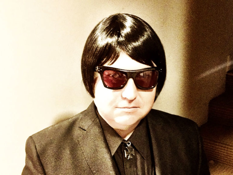 NEIL MORROW RETURNS TO HHT IN TRIBUTE TO ROY ORBISON