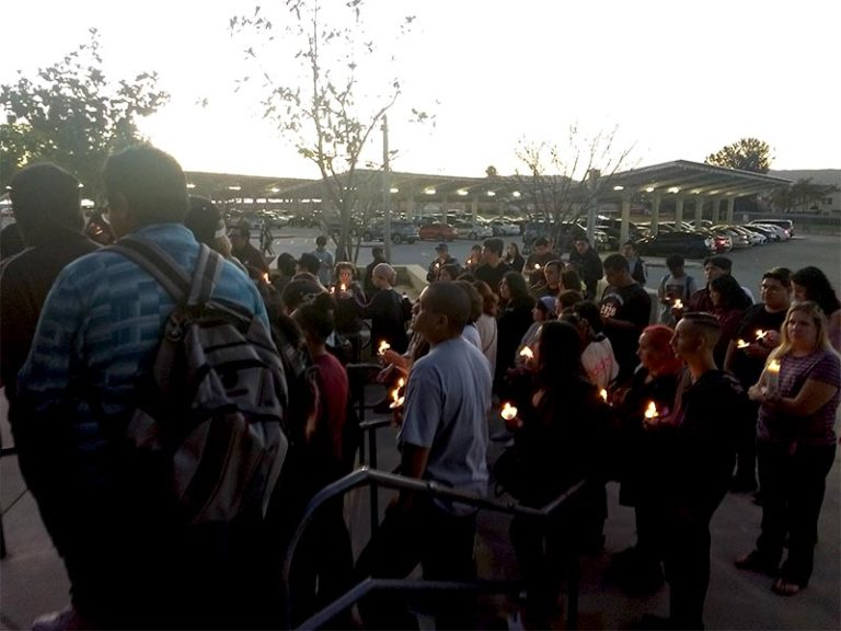 Community gathers to remember Trinity Clyde and Genesis Lopez-Araiza