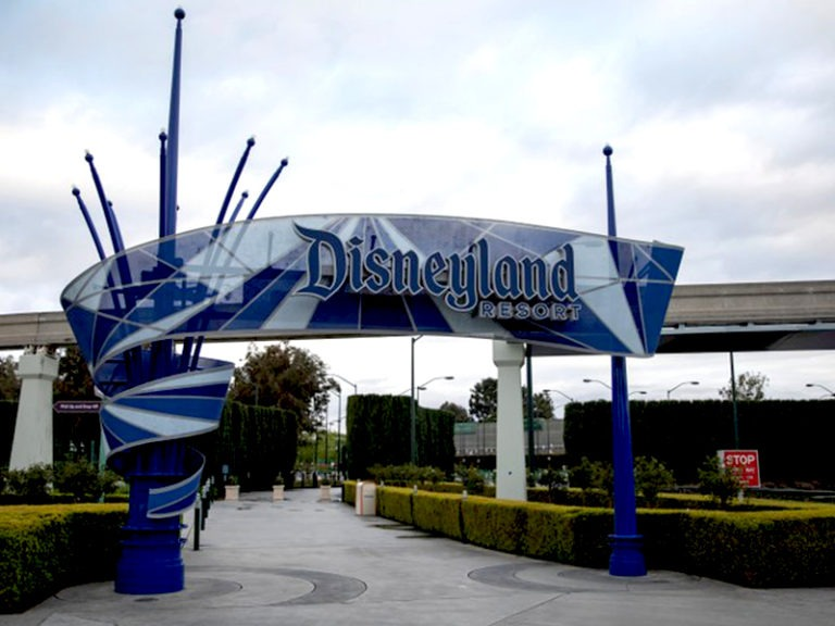 Disneyland will reopen in California on April 30