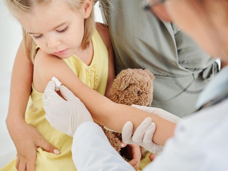 Parents protest California COVID vaccine mandate for kids