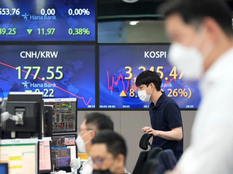 Asian stocks rise following uptick on Wall Street