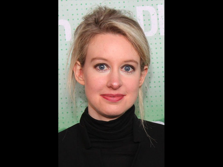 Theranos CEO wooed investors while lab director saw trouble